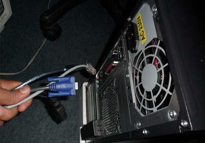 tháo ổ cứng máy tính thế nào